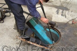 Curățare separatoare de hidrocarburi (foto →)